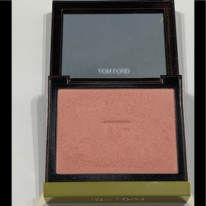 Gently used Tom Ford blush - Frantic Pink